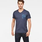 G-Star RAW® Hawaii Camo Kantano Slim T-shirt Dark blue model front