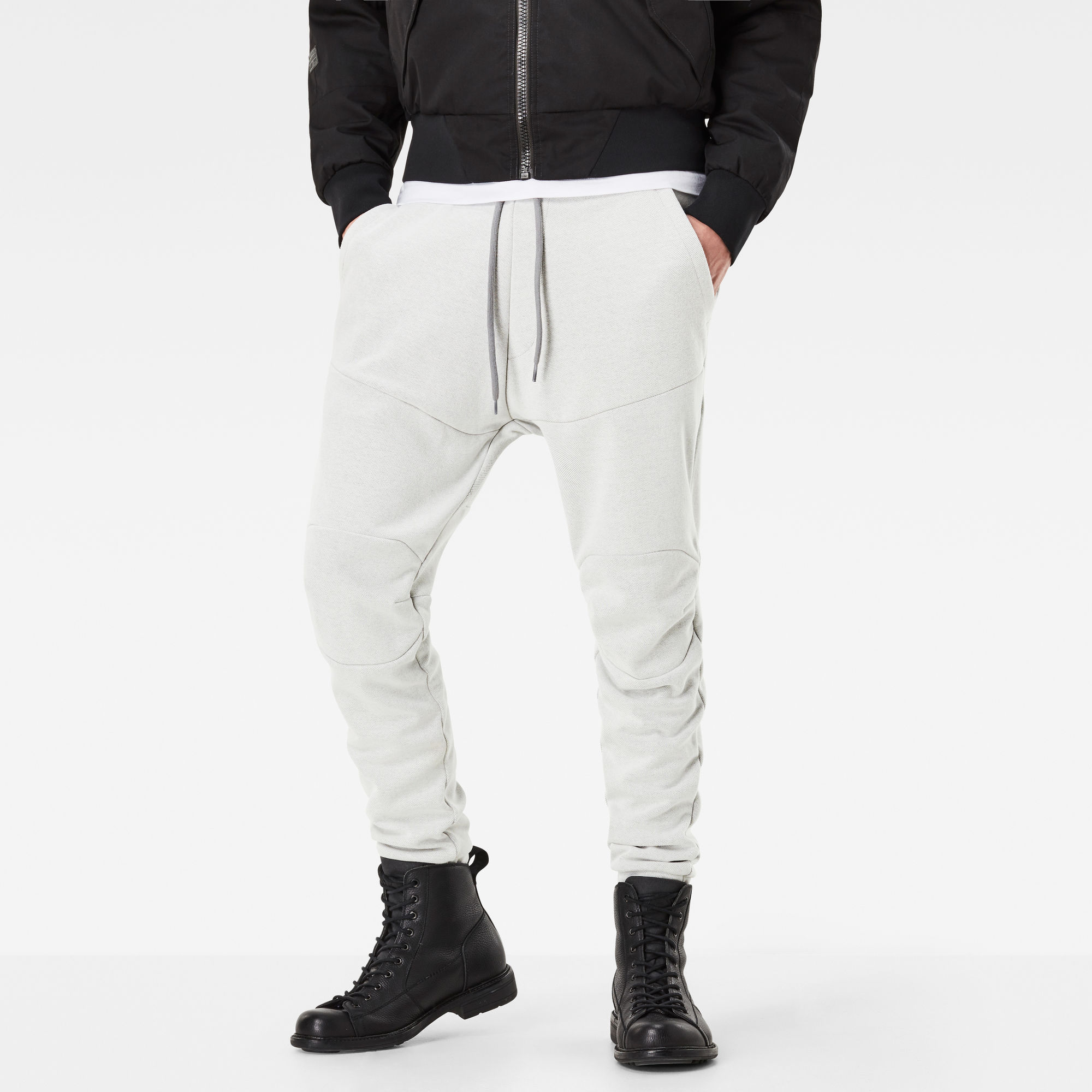 5621 Tapered Sweat Pants