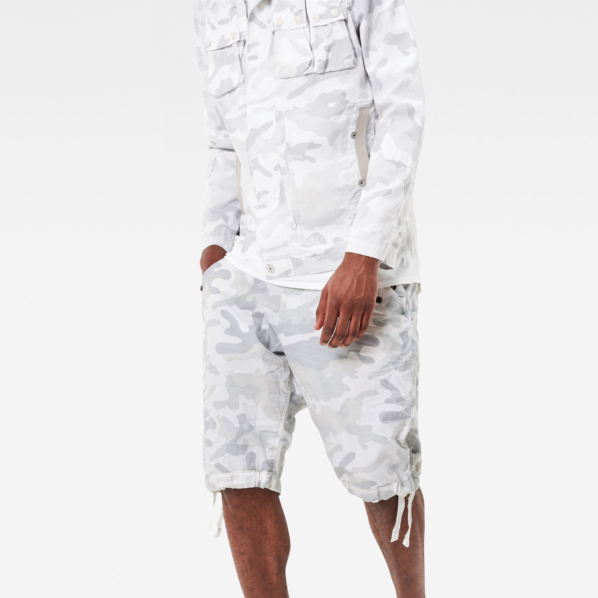 Rovic Camo Deconstructed Loose 1 2-Length Shorts