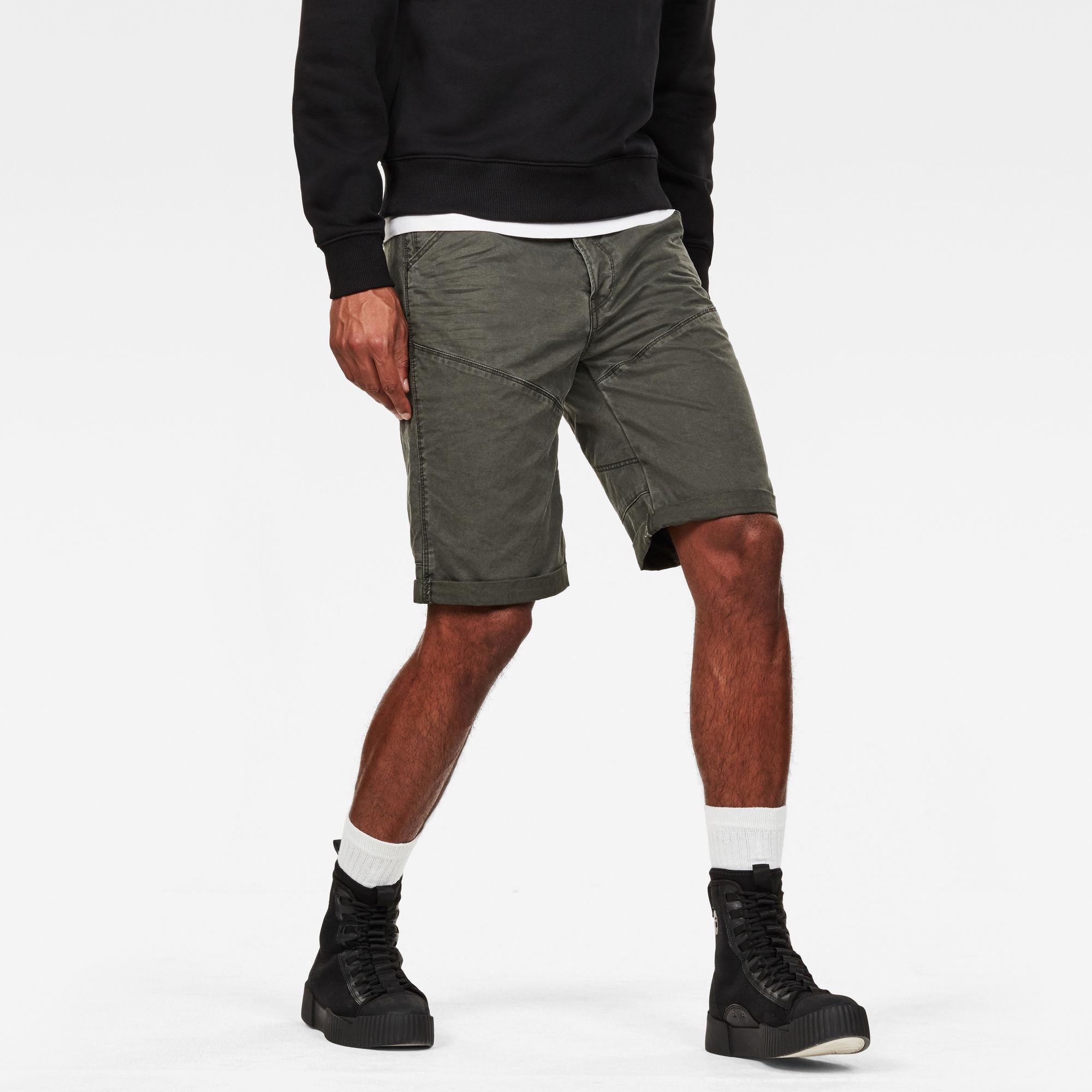 5621 3D 1 2 Shorts