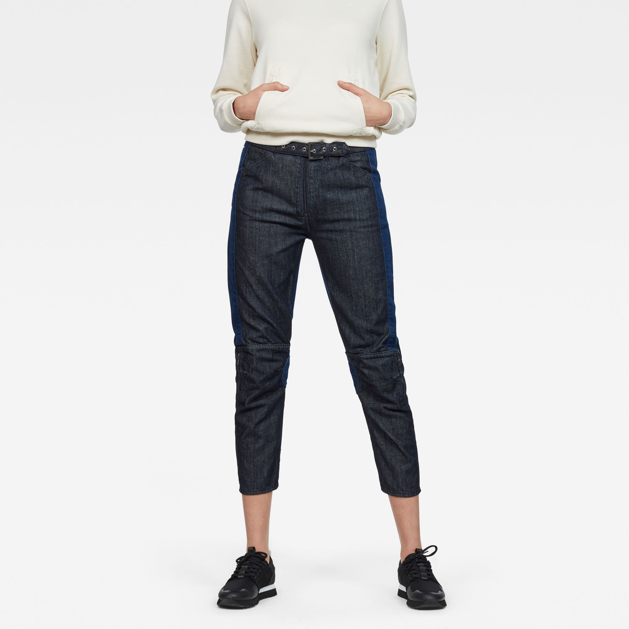5622 Racewood High Tapered 7/8-Length Jeans