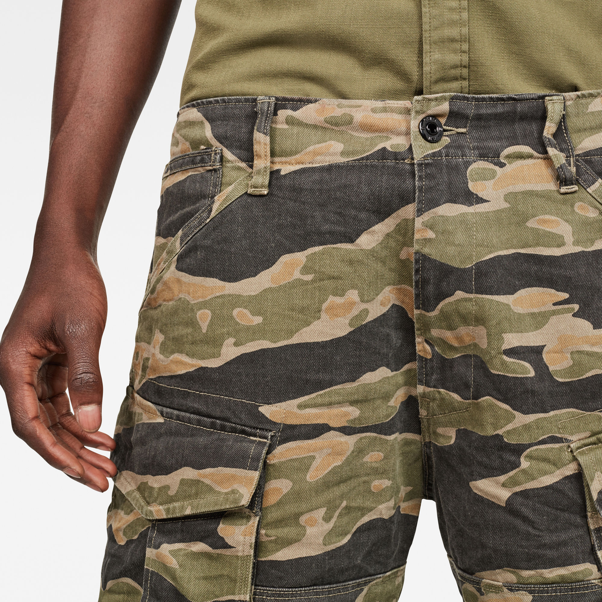 Rovic Relaxed 1/2-Length Shorts