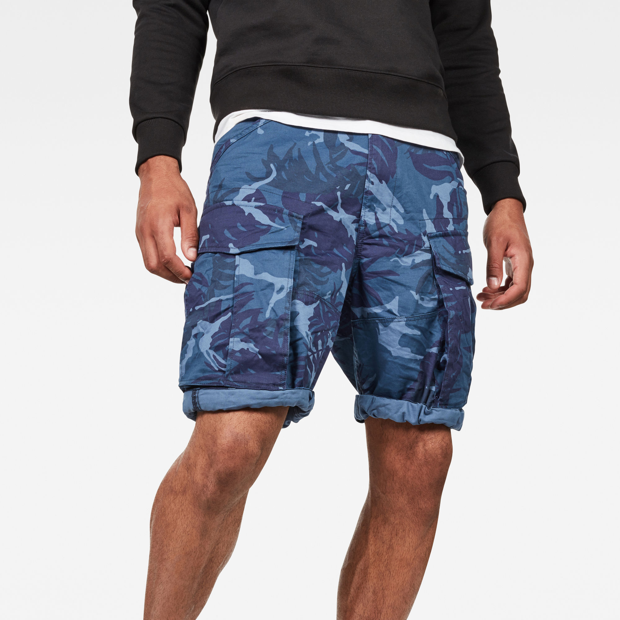 Rovic Relaxed 1 2 Shorts