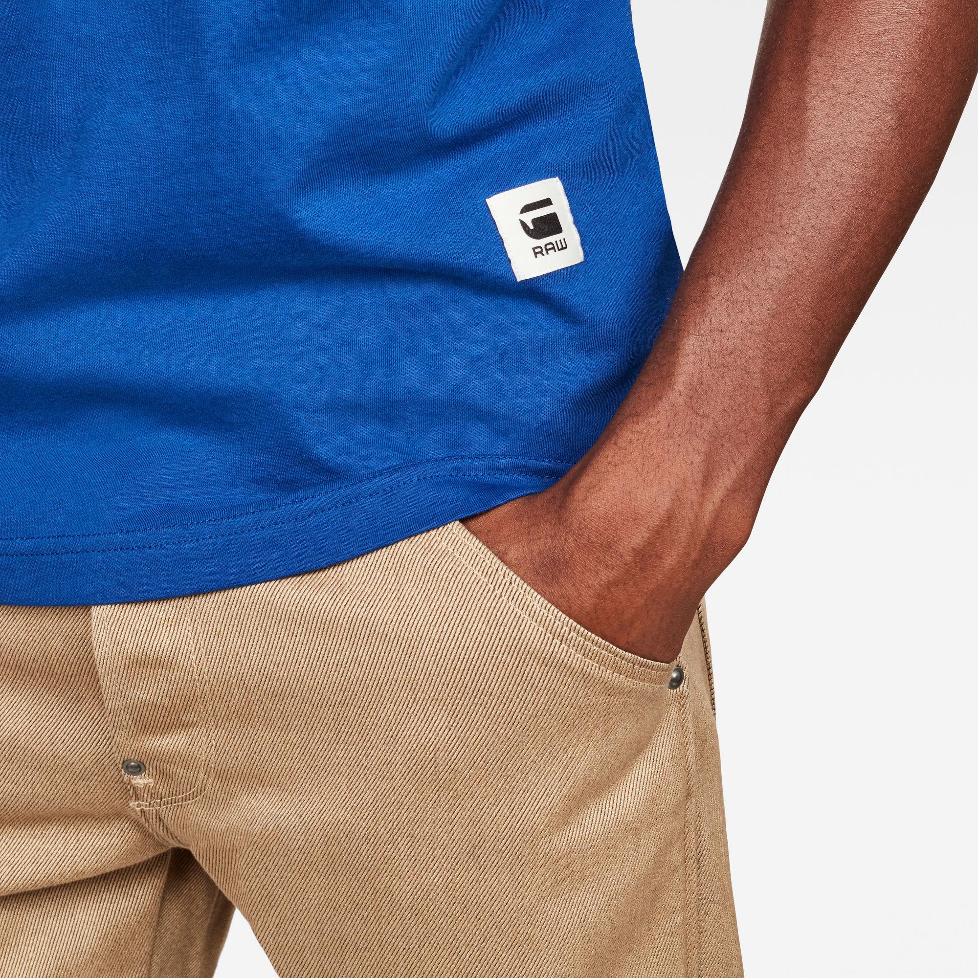 Graphic 6 Regular T-Shirt
