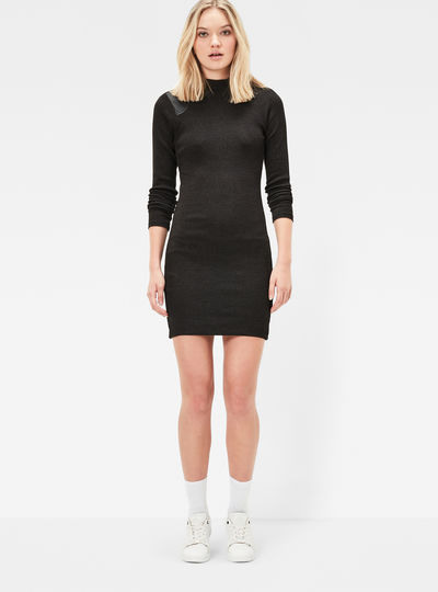 Staria Slim Turtleneck Dress
