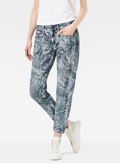 3301 Low Waist Boyfriend Cropped Jeans