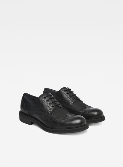 Warth Brogues