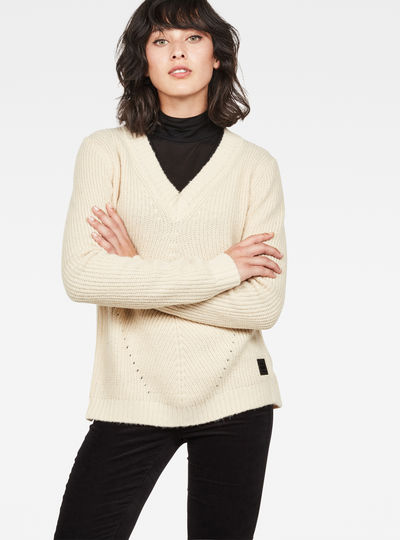 Vee Knit
