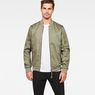 G-Star RAW® Batt Sports Bomber Grün model front