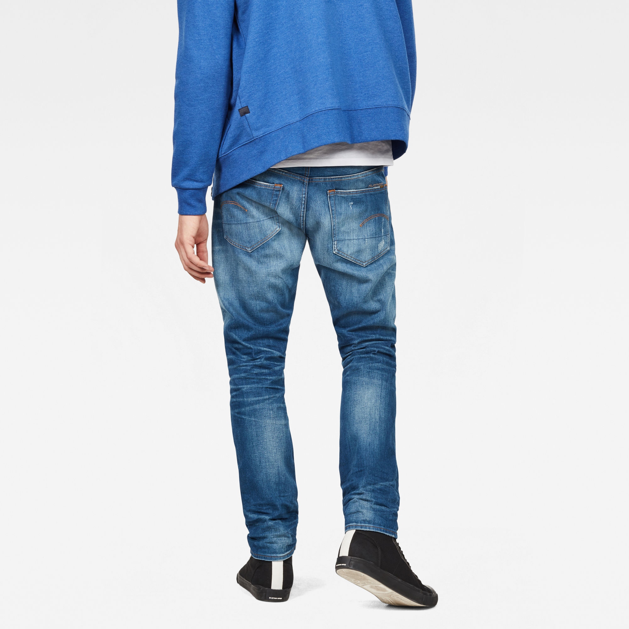 33011 Tapered Jeans