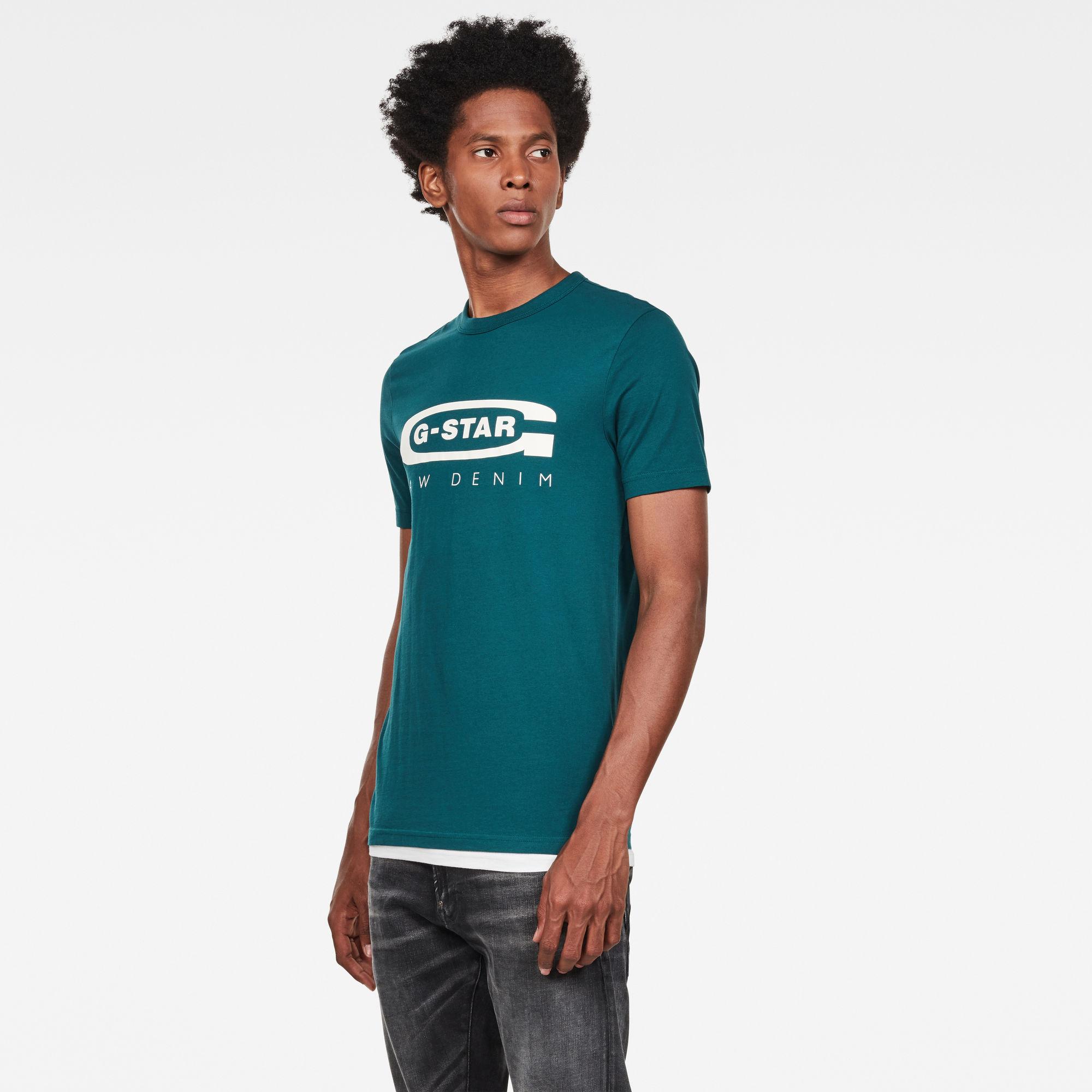 Graphic 4 Slim T-Shirt