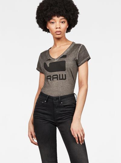 Suphe Slim V-Neck T-Shirt