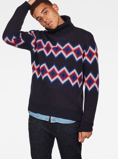 Jayvi Diamond Jacquard Turtle Knit