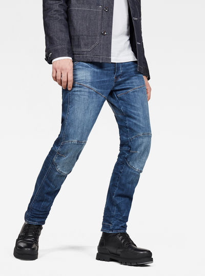 5620 Straight Jeans