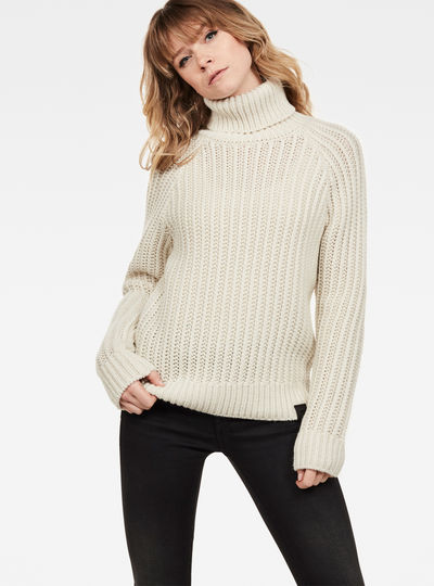 Ave Turtle Knit