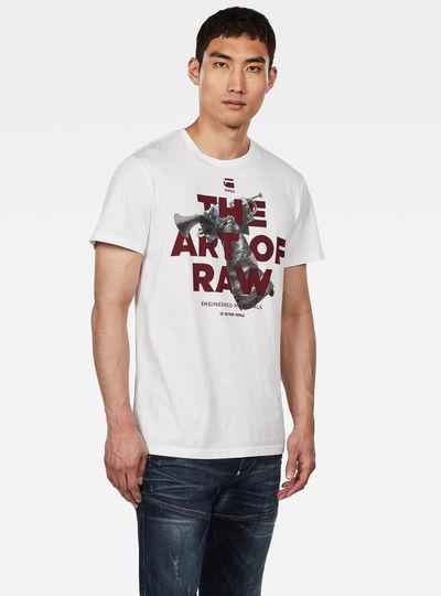 Graphic 17 Photo T-Shirt