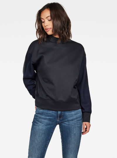 Pleat Loose Collar Sweater