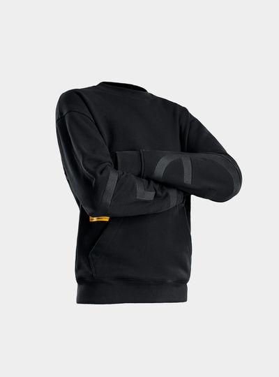 E Graphic Sweater