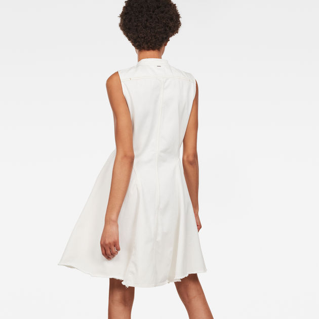 Bristum Slim Flare Fringe Dress