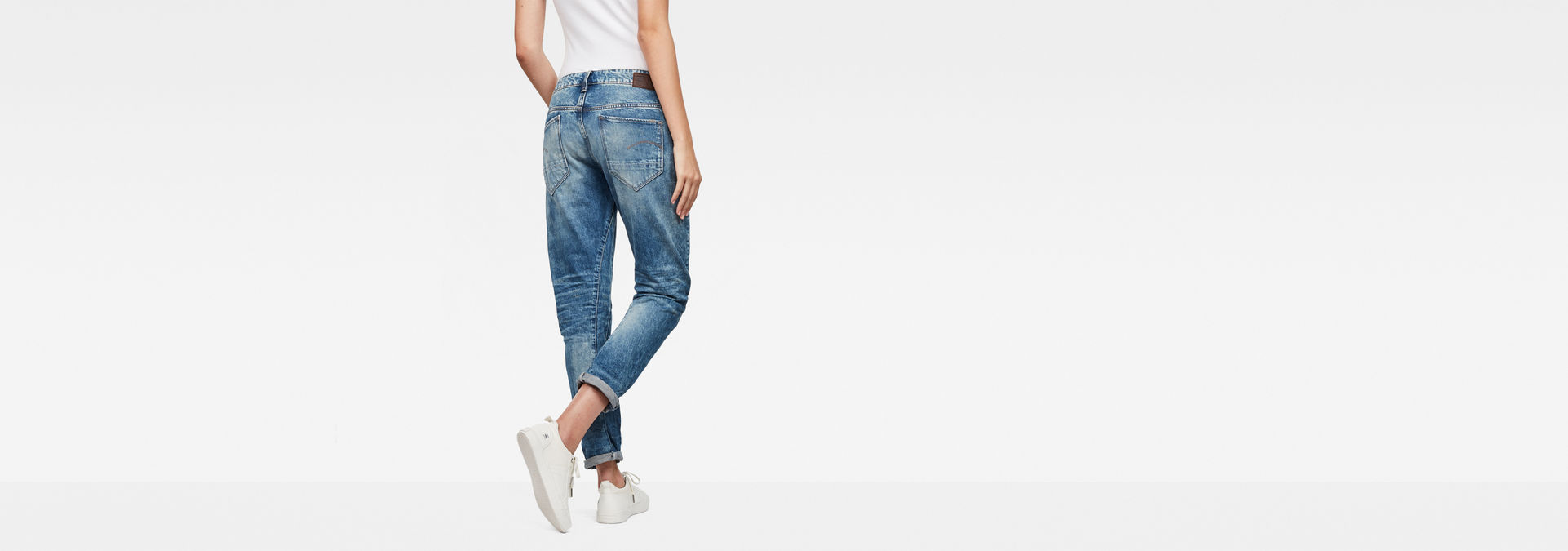 26b0b3f3328 ... G-Star RAW® Arc 3D Mid-Waist Boyfriend Jeans Medium blue ...