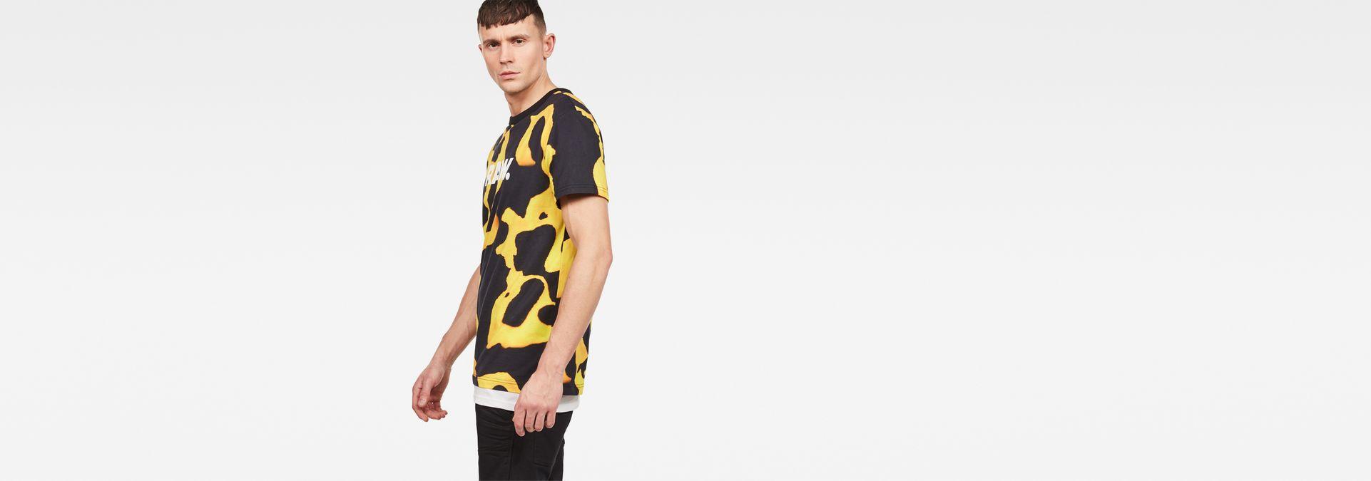 b2fddf936 ... G-Star RAW® Fian Bumble Frog Patterned T-Shirt Yellow model side ...